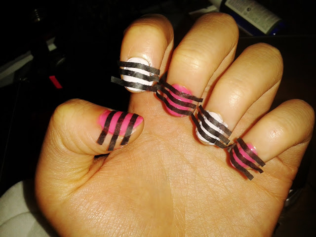 "Pink Zebra Nail ""Junkie"" - DIY Using Recycling Paper"
