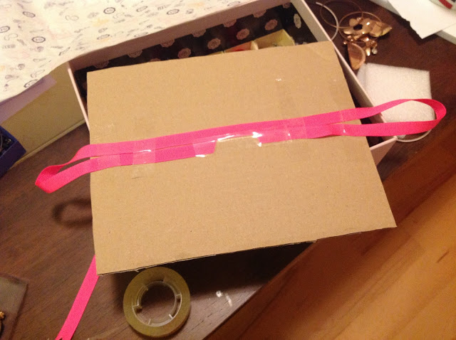 Glossybox DIY Idea 1 - Earring Storage box ribbons
