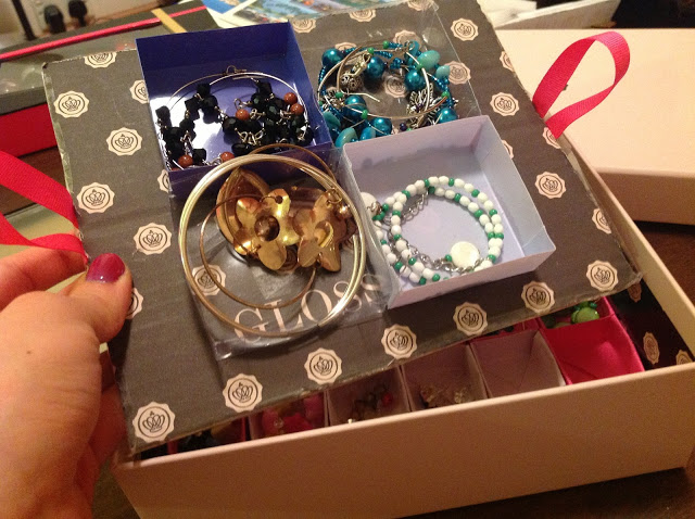 Glossybox DIY Idea 1 - Earring Storage box final product