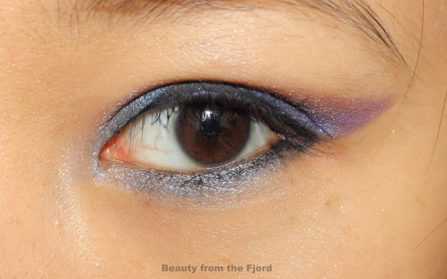Maybelline Eyestudio Color Tattoo in Everlasting Navy Review and Swatches (+bonus look)