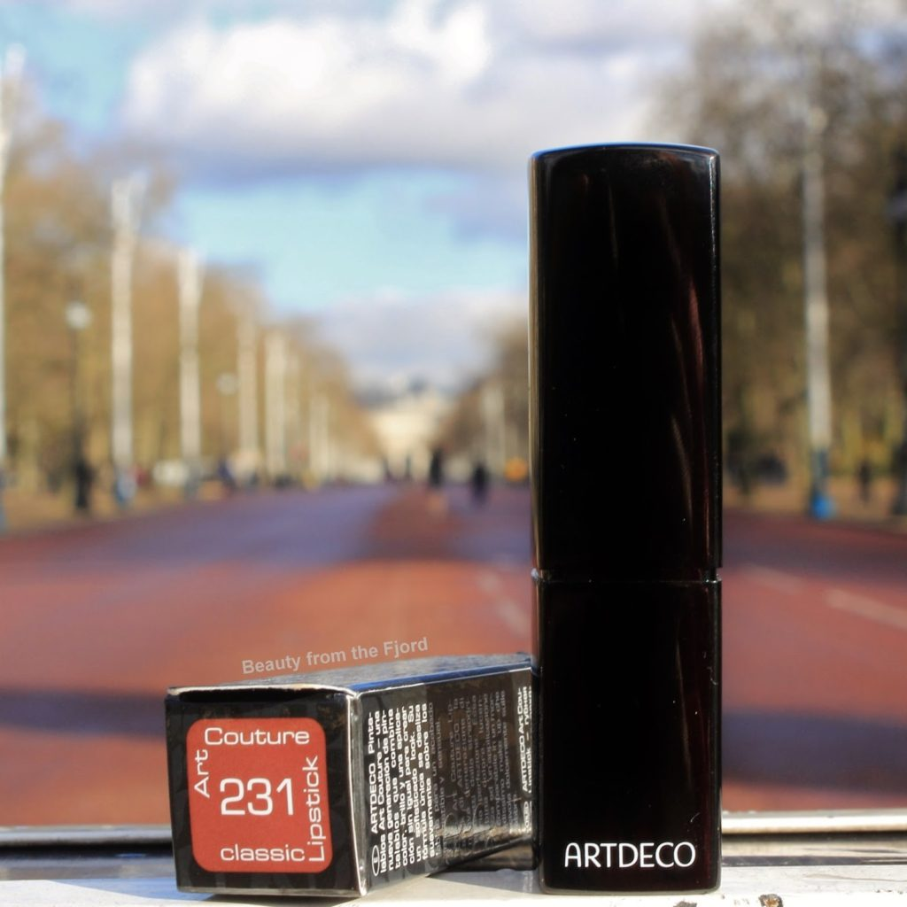 ARTDECO Classic Lipstick 231 Cream Autumn Brown Review and Swatches