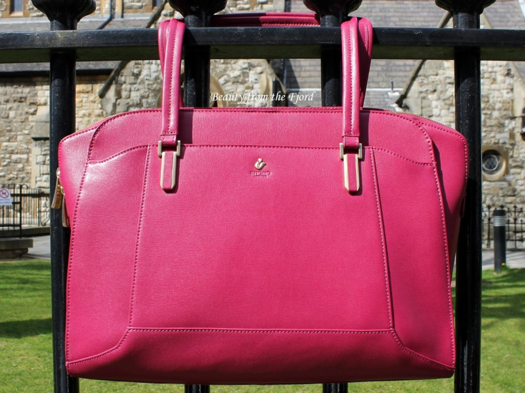 Knomo Wigmore Laptop Briefcase in Black Cherry Review