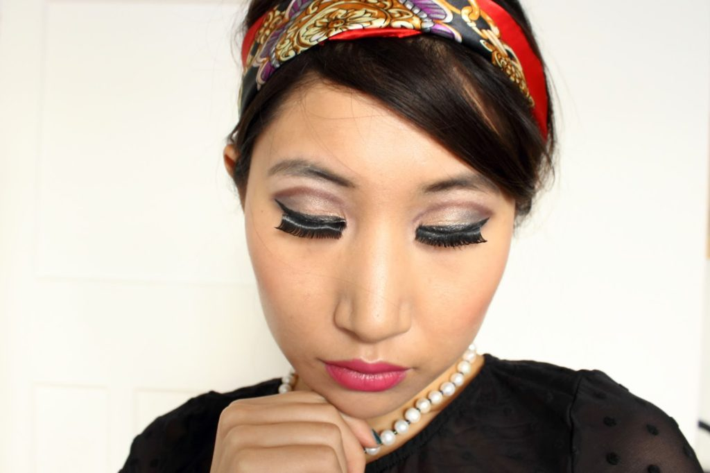 Makeup Challenge: 60s Twiggy Inspired Look with Yardley London Jane Fragrance, Makeup Look created using: Makeup Revolution Dual Ultra Brow Arch & Shape, Kiko Vibrant Eye Pencil,  Sleek Eye & Cheek Palette, ollection Extreme 24 Hour Felt Tip Liner, Lucious Lashes, NYX Jumbo Pencil in Chaos, Sleek Control Shine & Prime, Clinique Moisture Surge CC Cream, Sleek Makeup Precious Metals Highlighting Palette