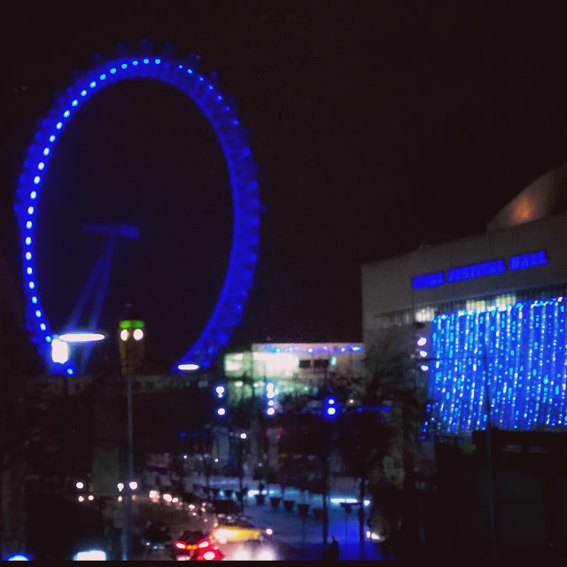 Instagram Photography Tour with Joe Bloggers and Best London Walks review - #giffgaffsnaps. Night time view of the London Eye