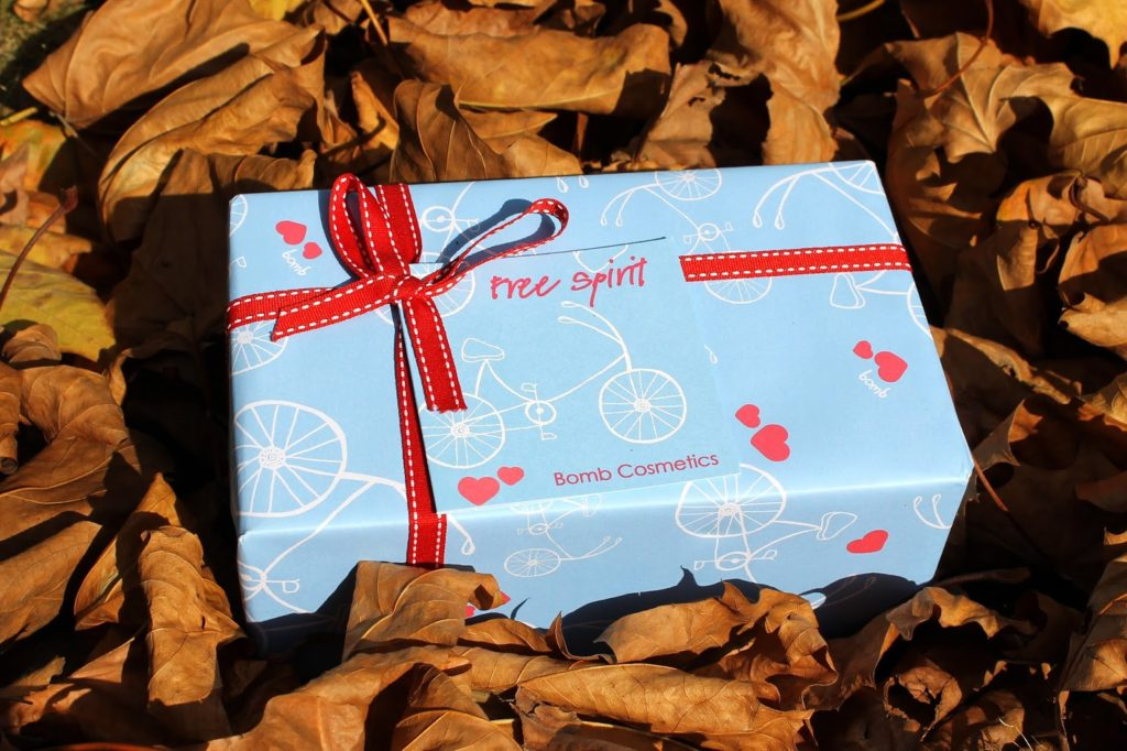 Bomb Cosmetics Free Spirit Gift Pack Review