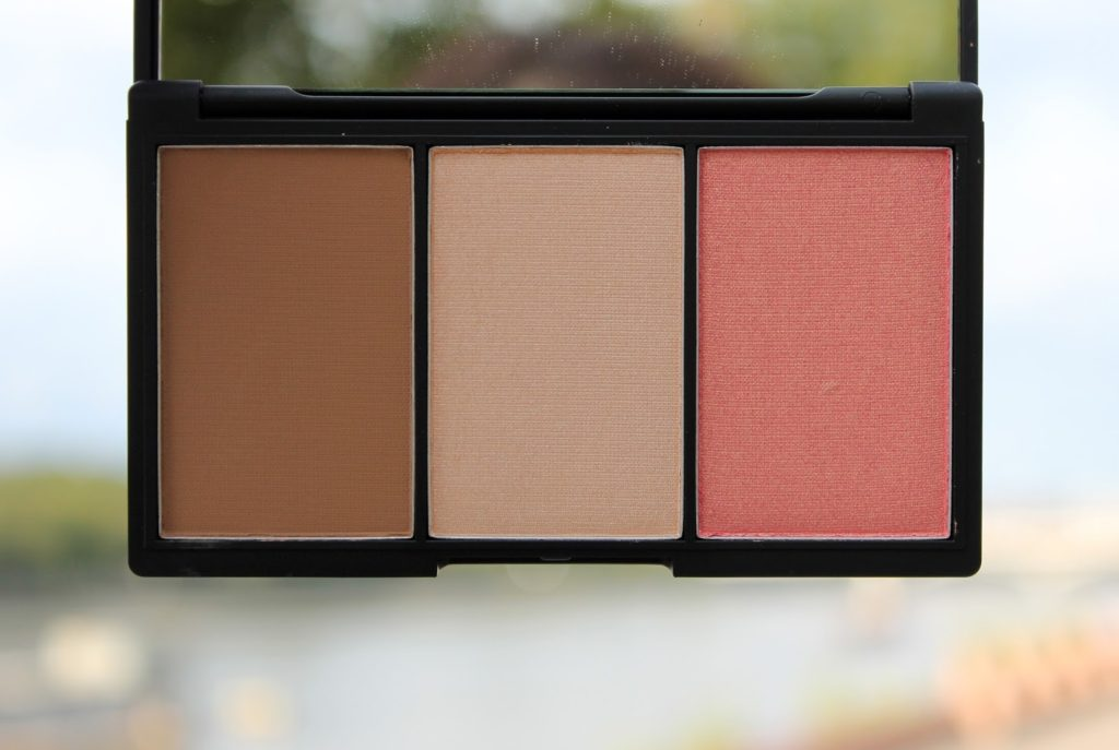 Sleek Makeup Face Form Light Review and Swatches - Light