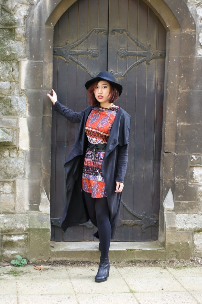 Outfit: Boohoo Dress for Autumn - gothic chic