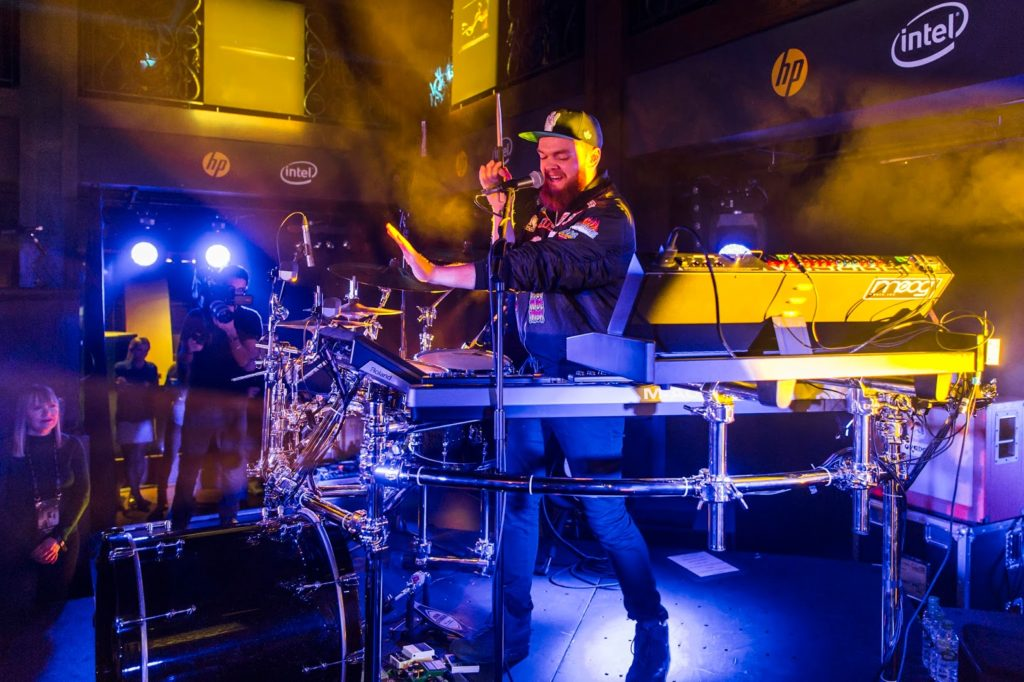 Jack Garratt & AlunaGeorge Exclusive Gig with HP Lounge - JackGarratt